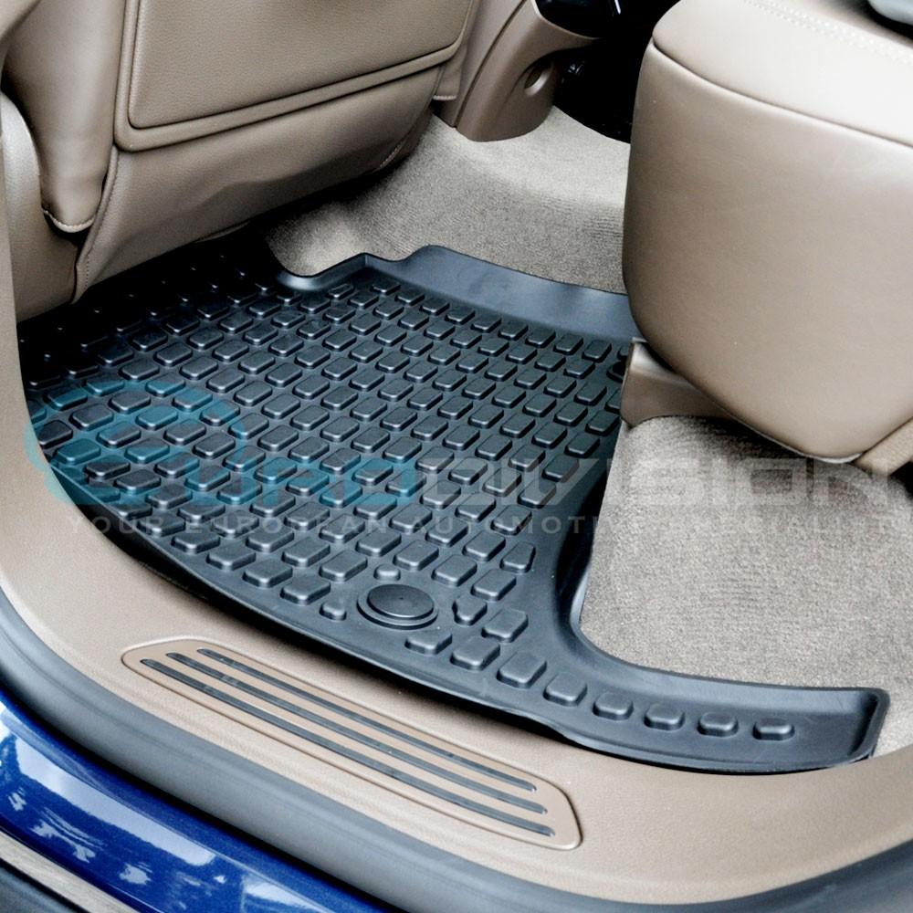 Porsche cayenne 2010 rubber interior floor mats